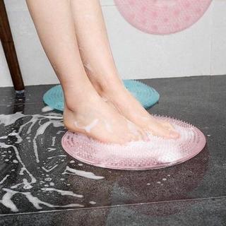 เท้าแตก เท้าด้าน เท้ากร้าน มาดูแลรักษาให้เท้าของเราสวยงามกันดีกว่าค่ะ ทาโลชั่นบำรุงเท้าทุกวันก่อนนอนในทุก ๆ ดูแลเท้าด้าน เท้าแตก เท้ากร้าน