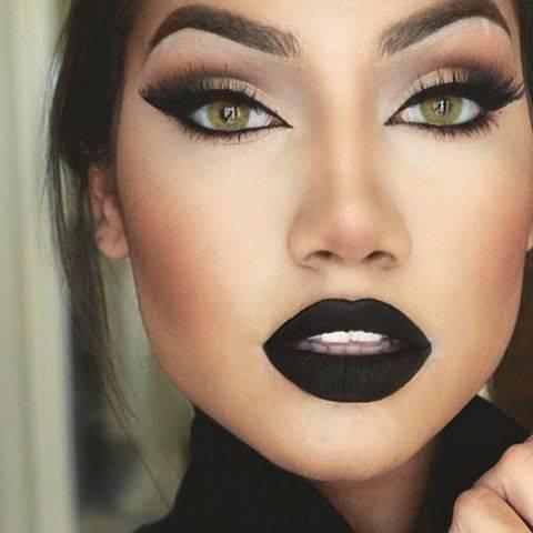 วันนี้มีสีปากสวย ๆ เริ่ด ๆ ไว้ทาออกงานาแนะนำกันค่ะ สีปากสุดปังออกได้ทุกงาน สีไหนปังบ้างมาดูกันเลย แต่งตัวแบบนี้ทาสีอะไรดี สีปากออกงานลิปสติก beauty Blog