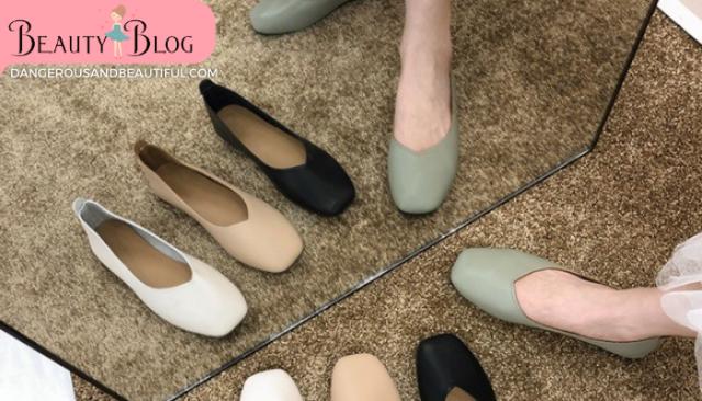 เลือกรองเท้าแฟชั่นแบบไหน ใส่นานใส่ดีไม่ตกเทรนด์ ขึ้นชื่อว่าแฟชั่นนั้น ต่อให้เป็นแฟชั่นของรองเท้าก็เปลี่ยนแปลงไปไว เทรนด์ฮิตของรองเท้า